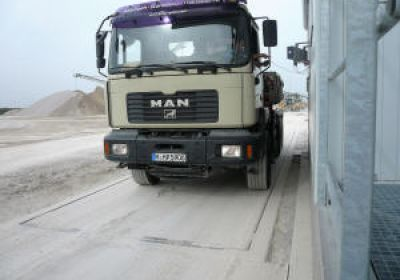 Number plate recognition for truck handling in a Munich sand and gravel company